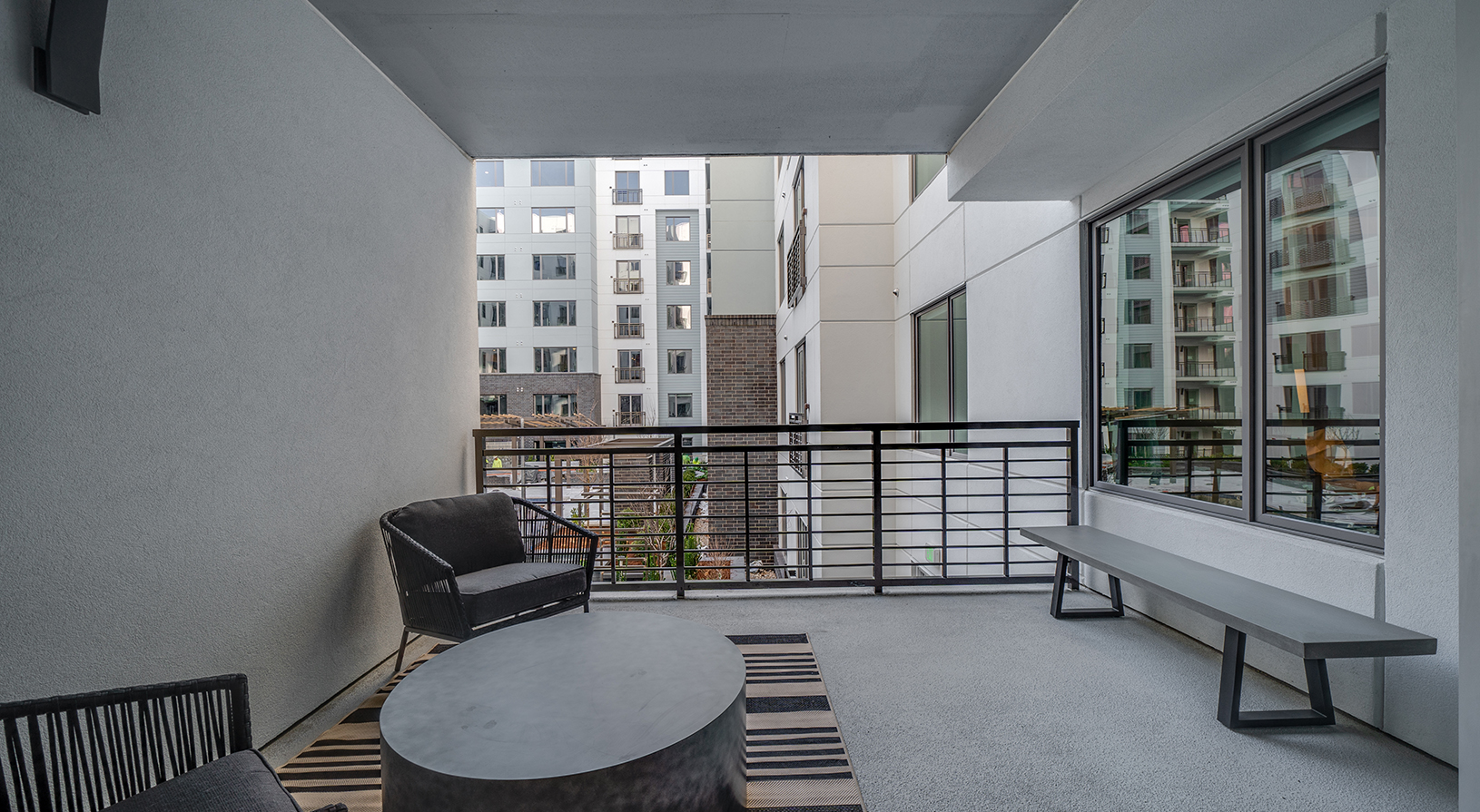 Peace Raleigh Apartments - Private Terrace