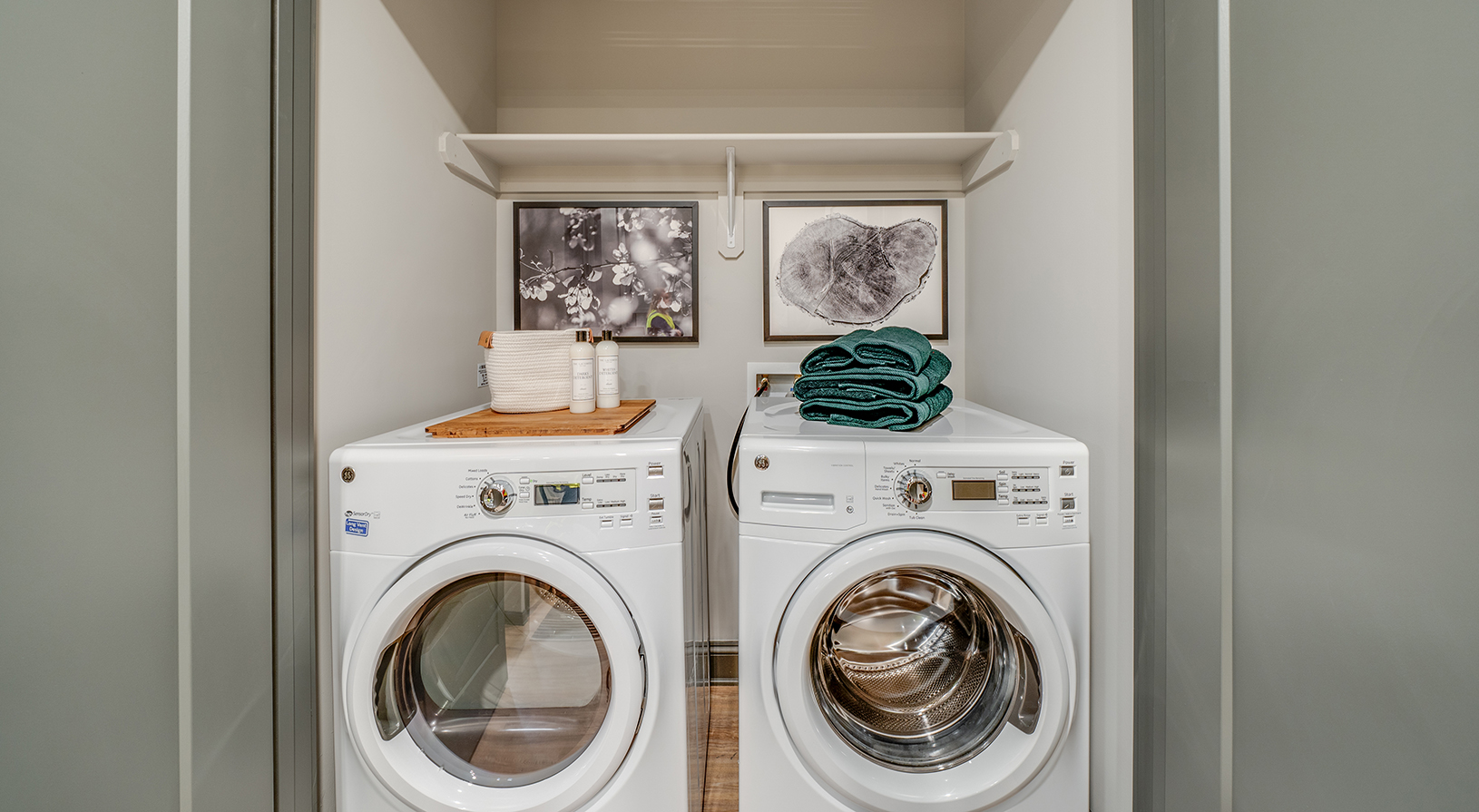 Peace Raleigh Apartments - Side-by-Side Washer/Dryer